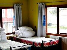 Cama en Dormitorio Mixto