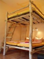 Hochbett für 1-4 Personen