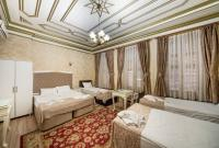 Deluxe Two-Bedroom Suite (6 Adults)