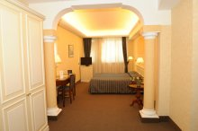 Junior Suite/Family Rooms