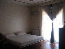 camera-appartamento-rosa
